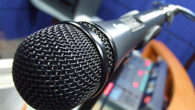 microfono intervista