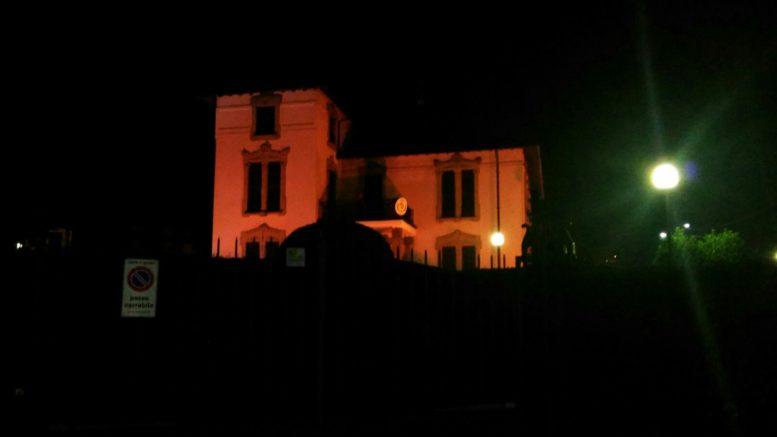Villa comunale Ballabio rossa femminicidio (1)