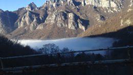 nebbia-su-lecco-da-secondo-tornante