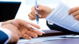 FIRMA DOCUMENTI CARTA CONTRATTO Prestiti-personali-caratteristiche