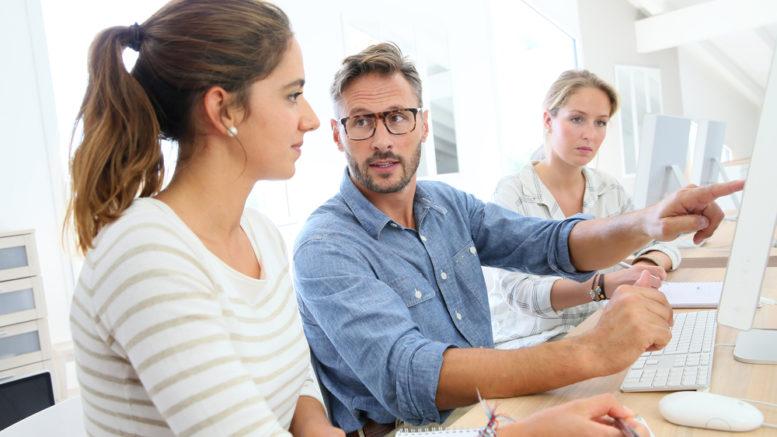 Occupazione-giovanile-lavoro-ufficio