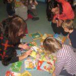 Libri biblioteca Materna Pianeta Bimbi (16) (Medium)