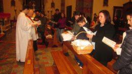 Benedizione cibi comunità kossovara Ballabio (3) (Medium)