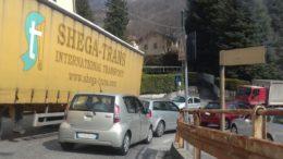 lecco-ballabio coda camion (1)