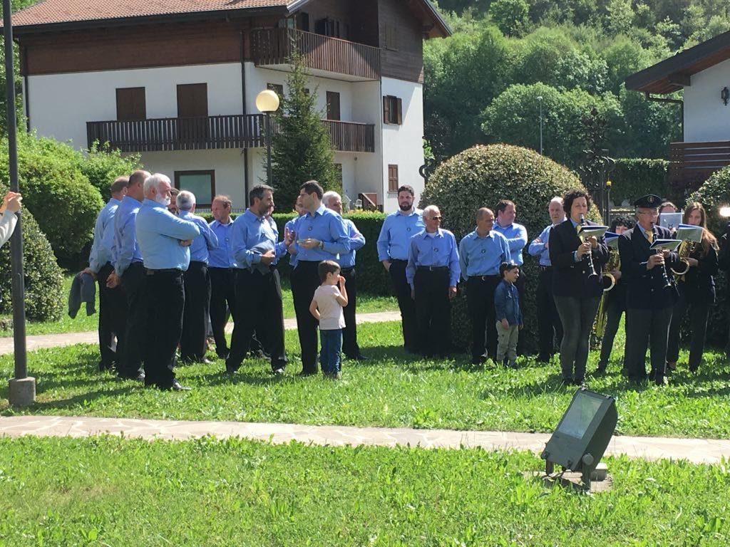 Crimonia Municipio Ballabio gemellaggio Hillio 15 anni (12)