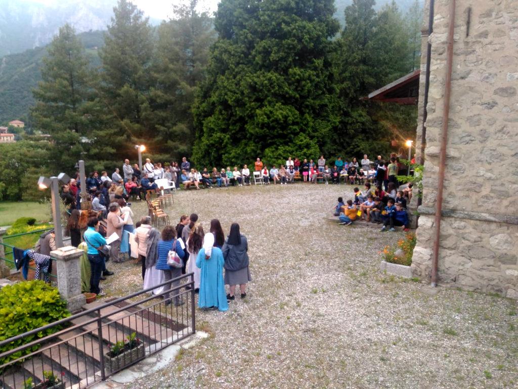 Rosario bambini catechismo Ballabio (18)