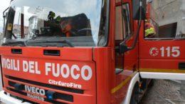 pompieri vigili del fuoco camion generica