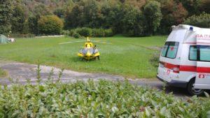 elicottero eliambulanza ballabio rotonda (3)