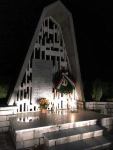 monumento caduti buio