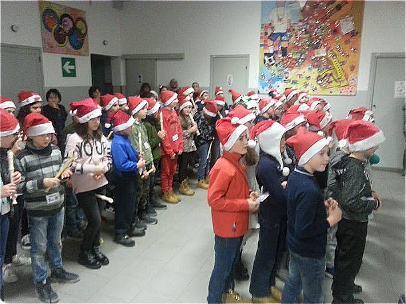 Recita Natale Primaria Fantasia Ballabio (7)