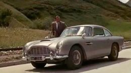 aston-martin-db5-di-james-bond-motori