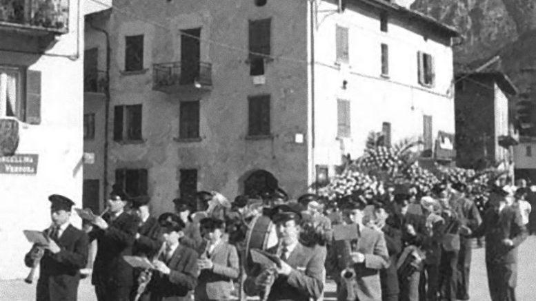 Banda Risveglio funerali don Giuseppe Calvi_e
