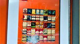 tabaccheria vetrina rotta ballabio - Copia