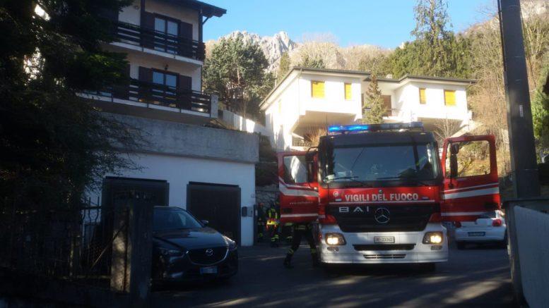 vigili del fuoco ballabio via roncaiolo principio incendio abitazione3