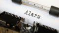 ALARM alarm su macchina da scrivere