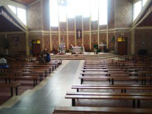 Interno del santuario di Kibeho 2