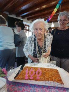 Nonna Iolanda 100 anni Ballabio (2)