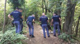 Polizia - Antidroga - Spaccio boschi (1)