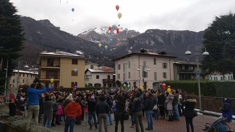 Palloncini Pro Loco Ballabio Natale 2019 2