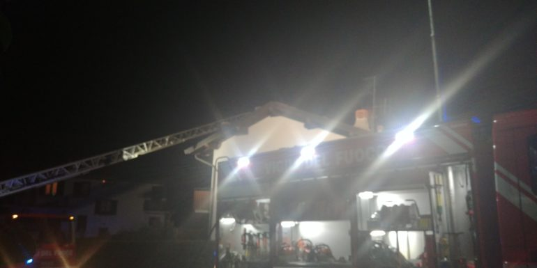 Ballabio - Incendio canna fumaria cia confalonieri 27gen20 (4)