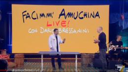 Amuchina Propaganda Live
