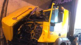 Lecco-Ballabio schianto tir camion pompieri vigili del fuoco