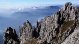 Guglia-Angelina-Ago-Teresita-e-Monterosa-dal-Sentiero-cecilia-600x399