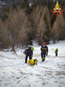 Vigili del fuoco Saf Pompieri esercitazione Resinelli Neve Ghiaccio (2)