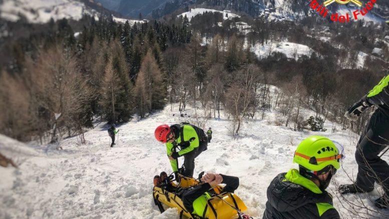 Vigili del fuoco Saf Pompieri esercitazione Resinelli Neve Ghiaccio (3)