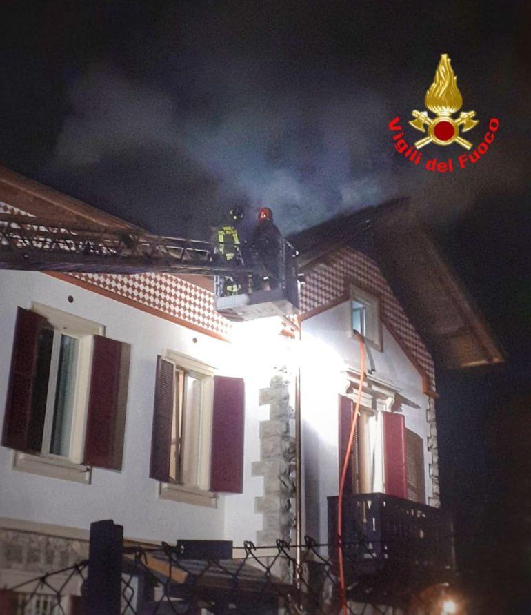 incendio tetto ballabio mar21 3